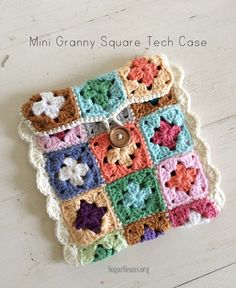Crochet case granny squares (photo by Sugarbeans) | Happy in Red