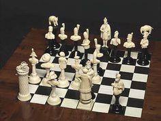 Schachfiguren können als Spielsteine einerseits Gebrauchsgegenstände, andererseits auch kunsthandwerkliche Höhepunkte sein - und werden eigentlich nur dadurch bekannt, dass sie bekannten...