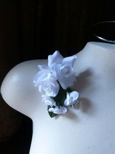 Silk Roses in White for Bridal, Boutonnieres, Hats, Corsages MF 138w