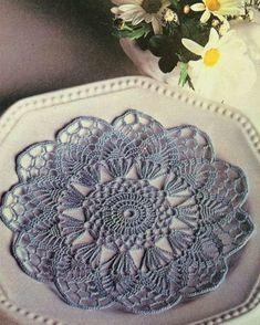 Crochet Round, Crochet Home, Irish Crochet, Diy Crochet, Crochet Crafts, Crochet Doilies, Crochet Projects, Doily Patterns, Crochet Patterns