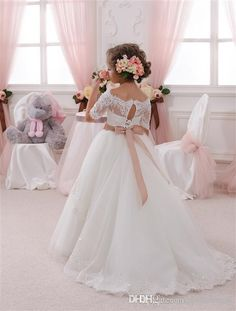 2016 New Lovely Flower Girl Dresses For Weddings Off Shoulder Short Sleeve Ball Gown Formal Custom First Communion Dress Child Party Gowns