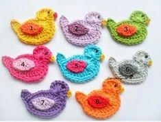 All Crochet Patterns Crochet Zig Zag, Crochet Cable Stitch, Crochet Motif, Crochet Patterns, Crochet Poncho, Easy Fabric Flowers, Crochet Flowers, Hand Knit Blanket, Knitted Blankets