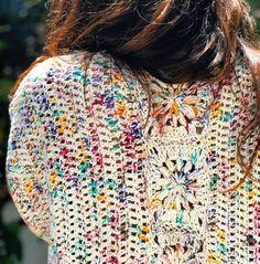 Crochet Granny, Crochet Motif, Crochet Stitches, Crochet Patterns, Granny Square Projects, Crochet Blouse, Cool Sweaters, Crochet Clothes, Wool