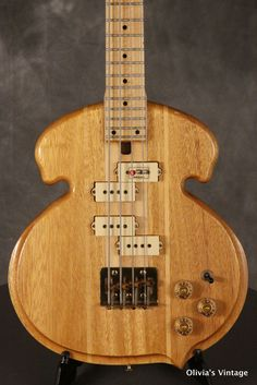 RARE 1980's S.D. CURLEE C-30 Bass