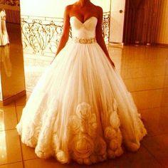 장미 웨딩 드레스