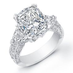 Engagement Ring Cushion Cut Trillion 1