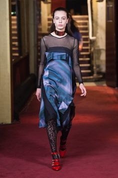 The complete Koché Fall 2018 Ready-to-Wear fashion show now on Vogue Runway.