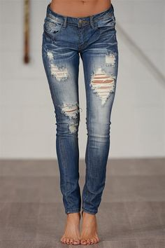 Closet Candy boutique jeans offer you the best fit in the styles you adore. From classic washes to trendy colors, find your go-to pair (or pairs) today! Jean Outfits, Fall Outfits, Casual Outfits, Cute Outfits, Distressed Skinny Jeans, Ripped Jeans, Holey Jeans, Boho Fashion, Fashion Outfits