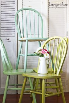 DIY:  How To Paint Dining Room Chairs - easy tutorial shows how to get this lightly distressed finish. These colors are amazing!