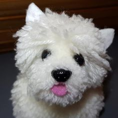 Geek Crafts, Dog Crafts, Diy And Crafts, Pom Pom Animals, Pom Pom Crafts, Craft Club, Westies, Lana, Geek Stuff