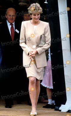 Princess Diana Photos, Princess Diana Fashion, Princess Diana Family, Princes Diana, Real Princess, Princess Kate, Princess Of Wales, Jackie Kennedy, Diana Williams