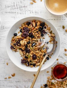 This salted maple granola is my absolute favorite! Toasted oats with maple, vanilla, pepitas and almonds. It's a perfect breakfast or snack! howsweeteats.com