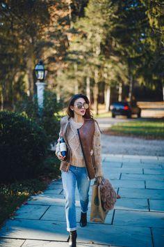 Mirrored Aviator Sunglasses with Tan Sweater and Leather Vest // Notjessfashion.com // aviator sunglasses, leather vest, cable knit sweater, 7fam jeans, boyfriend jeans, kara furry bag, kara handbag, brown outfit for fall, nyc fashion blogger, asian fashion blogger