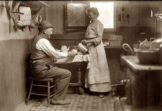 Kitchen, 1915