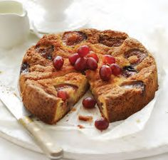 Fig and grape cake