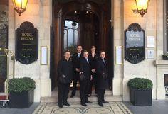 Team Regina! Notre plaisir: vous faire passer un séjour inoubliable à l' @hotelreginaparis ! #hotelreginaparis #leshotelsbaverez #luxury #hotel #paris #luxe #savoirfaire #service #5etoiles #team #unique #near #toureiffel #tuileriesgarden #rivolistreet #louvremuseum