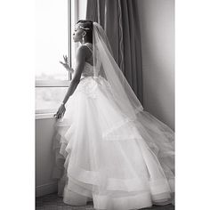 ..Still swooning over this photo...stunning Wedding dress~