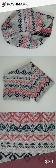 """American Eagle Scarf Chunky Knit Infinity Ski American Eagle Knit Infinity Scarf Alpine Ski Multi-color pattern  54"""" total length x 10"""" wide  No flaws, smoke-free and pet-free. American Eagle Outfitters Accessories Scarves & Wraps"""