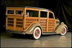 Nice Woody! Lotsa lumber! My Dream Car, Dream Cars, Car Station, Woody Wagon, Panel Truck, Unique Cars, Hot Cars, Cars And Motorcycles, Vintage Cars