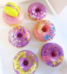 Angle Food Cake Recipes, Donut Recipes, Cupcakes, Cupcake Cookies, Delicious Donuts, Delicious Desserts, Baked Donuts, Doughnuts, Donut World