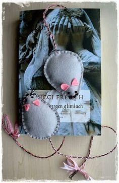 'CARDS AND THINGS': patroon - boekenlegger muis van vilt