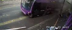 InfoNavWeb                       Informação, Notícias,Videos, Diversão, Games e Tecnologia.  : Homem é atropelado por ônibus, se levanta e sai an...