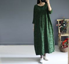 Casual loose fitting 3/4 sleeve autumn dress