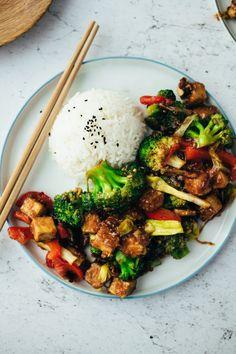 Tofu Stir Fry Minuten) Rezept - Recipes For Dinner Heart Healthy Chicken Recipes, Chicken Recipes Dairy Free, Baked Chicken Recipes, Vegetarian Recipes, Healthy Recipes, Meatball Recipes, Crock Pot Recipes, Stir Fry Recipes, Casserole Recipes
