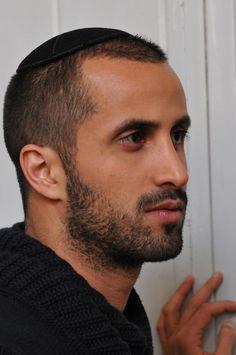 everyone loves a jewish guy...