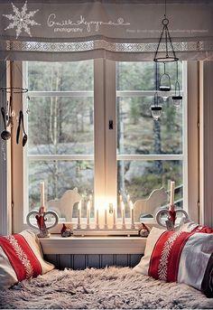 Christmas window <3 | love for all seasons