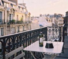 Een fles wijn openen zonder kurkentrekker - Lifestyle NWS