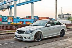 Mercedes-Benz W204 C63 AMG