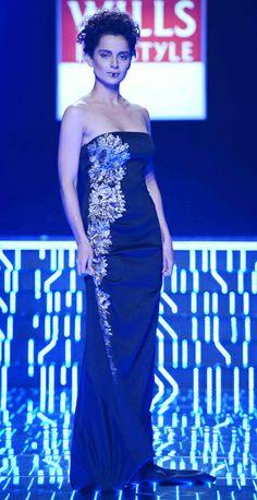 Bollywood actress Kangana Ranaut was the  showstopper for celebrity designer Namrata Joshipura at Wills India Fashion Week AW 2014 Grand Finale!!
