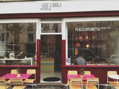 Stop At : Joli Deli – Paris, France.