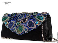 Вечерняя сумочка с вышивкой бисером