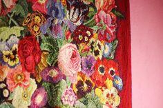 Happy Daisy Kaffe Fassett Fashion Textiles Knitting Exhibition Needlepoint Sewing