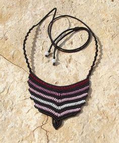 Kézműves csomózott makramé textil egyedi nyaklánc ékszer nyaklánc