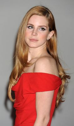Don't you love how this Medium Blonde Strawberry haircolor gives Lana Del Rey such a soft, lovely look? Get your own most flattering #hair #color at home here: www.eSalon.com