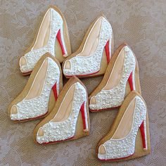 Untitled | Flickr - Photo Sharing! High Heel Cookies, Shoe Cookies, Tea Cookies, Sugar Cookies, Sugar Cookie Frosting, Royal Icing Cookies, Wedding Sweets, Wedding Cookies, Blue Wedding Flower Arrangements