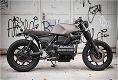 BMW K7