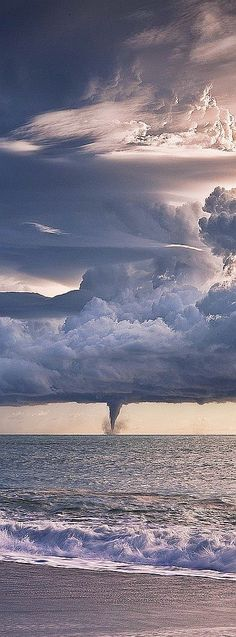Incredible waterspout