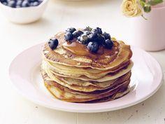 Pannenkoeken met blauwe bessen en esdoornsiroop (Libelle Lekker!)
