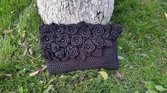 Black hand bag with flowers CatanaHandmade purse by CatanaHandmade Black Handbags, Crochet Top, Throw Pillows, Purses, Trending Outfits, Unique Jewelry, Handmade Gifts, Flowers, How To Wear