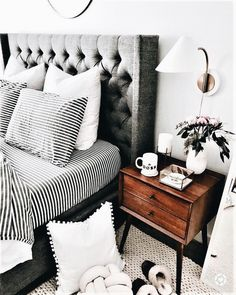 LOVE THE BLACK. & WHITE STRIPED BEDDING, IT LOOKS STUNNING, AGAINST THE PADDED GREY HEADBOARD & IS AN AWESOME CONTRAST TO THE TIMBER SIDE TABLE ⚜