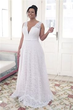 A-Line/Princess V-neck Court Train Lace Wedding Dress
