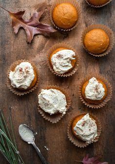 Cupcakes à la citrouille, épices & glaçage au caramel