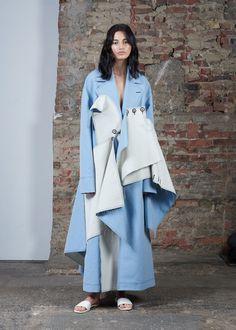 Claudia Li Press Office at New York Fashion Week Spring 2017 - Runway Photos Fashion Week, New York Fashion, Runway Fashion, Fashion Show, Fashion Outfits, Womens Fashion, Fashion Trends, Ladies Fashion, Fashion Ideas