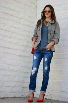 Distressed / red pumps / casual tee / gold