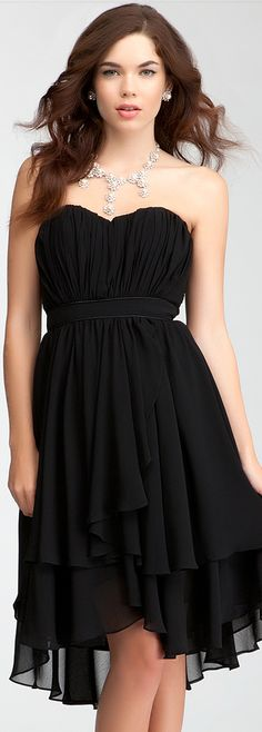 Well, this is certainly repin worthy | Pleated Strapless Layer Skirt Dress