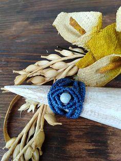 Quiero compartir lo último que he añadido a mi tienda de #etsy: Anillo azul mar, anillo piedra Swarovski,anillo de moda, joyería artesanal http://etsy.me/2DiHM4x